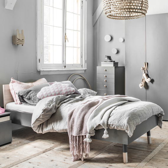 bed-tiener-grijs-roze-hout-petite-amelie