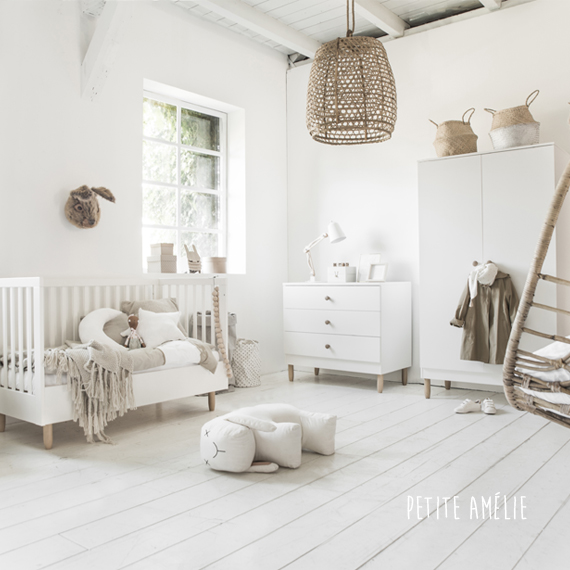 babykamer-bocca-natuurtinten-wit-commode