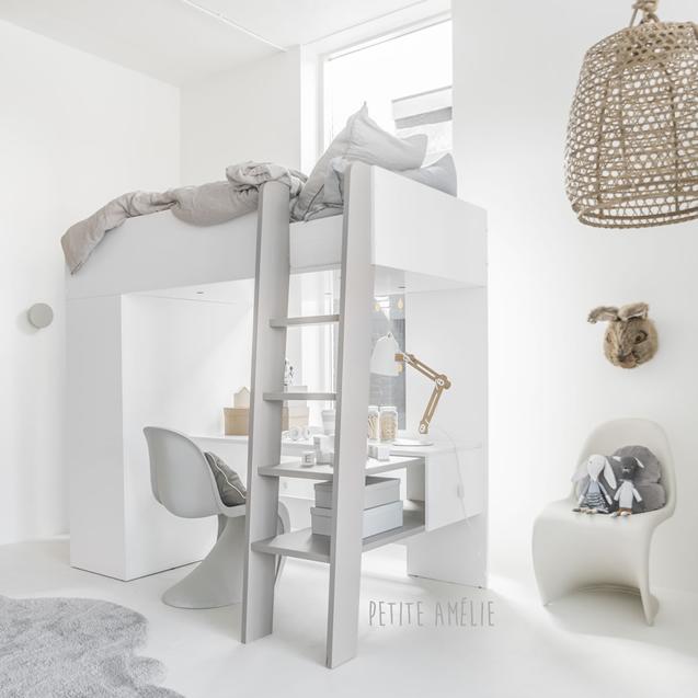 Kan ik artikelen uit de Petite Amélie concept store direct meenemen?