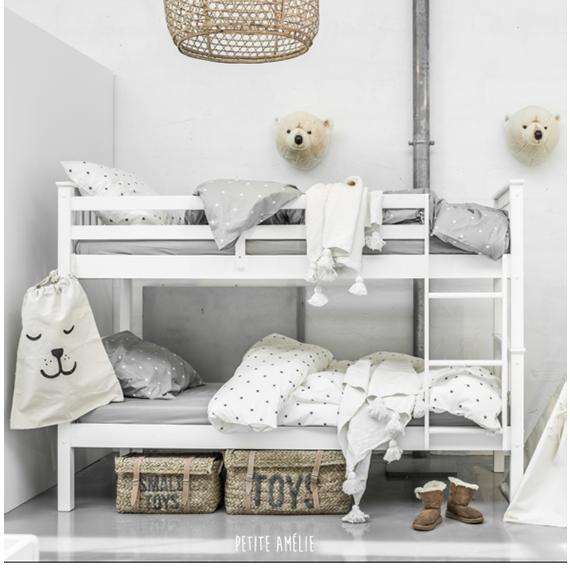 Complete Slaapkamer Voor Weinig.Twee Kinderen Op Een Slaapkamer